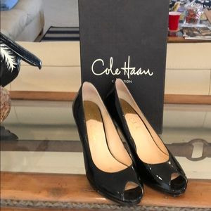 Shoes - Cole Hagan  Collection  Open Toe Pump